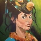 Frau mit Vogelmaske